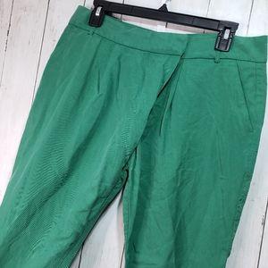 Zara Basics Green Cropped Pants Size Small.